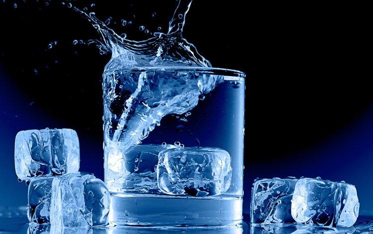 Обои вода лёд всплеск стакан кубики льда water ice splash glass cubes для рабочего стола #65740